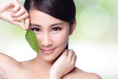 Φροντίδα δέρματος και οργανικά καλλυντικά στοκ φωτογραφία με δικαίωμα ελεύθερης χρήσης