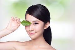 Φροντίδα δέρματος και οργανικά καλλυντικά στοκ εικόνες