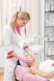 Φροντίδα δέρματος προσώπου στοκ εικόνα
