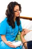 Φροντίδα για τον ανώτερο ασθενή στοκ εικόνες με δικαίωμα ελεύθερης χρήσης