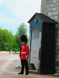 Φρουρά ζωής βασίλισσας στον πύργο του Λονδίνου Στοκ Εικόνα