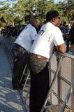 Φρουρές ασφάλειας στη συναυλία στοκ εικόνες