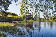 Φρούριο πετρών Korela στην πόλη Priozersk, στο νησί του ποταμού Vuoksi, περιοχή του Λένινγκραντ, της Ρωσίας στοκ εικόνες