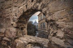 Φρούριο του παλαιού Sity Μπακού, του πλαισίου πετρών ή της αμυντικής τρύπας , Παλαιός τοίχος πόλεων του Μπακού Αζερμπαϊτζάν Στοκ Φωτογραφία