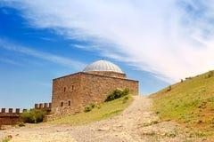 Φρούριο Genoese. Ναός με ένα arcade Στοκ Εικόνες