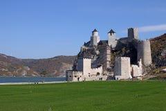 Φρούριο Golubac ένα από τα πιό θαυμάσια φρούρια επάνω στοκ φωτογραφία