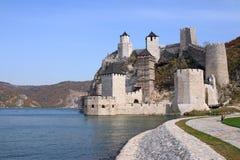 Φρούριο Golubac στον ποταμό Σερβία Δούναβη στοκ φωτογραφία