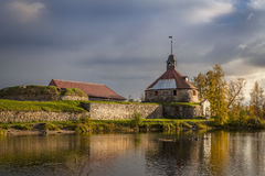 Φρούριο Korela στο νησί στον ποταμό Vuoksa Στοκ Εικόνα