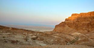 Φρούριο Masada, έρημος, Ισραήλ ηλιοβασιλέματος στοκ εικόνα