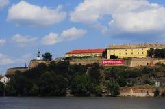 Φρούριο Petrovaradin κατά τη διάρκεια του φεστιβάλ εξόδων Στοκ Εικόνες