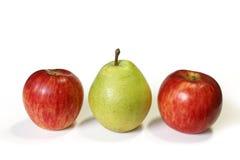 Φρούτα αχλαδιών και μήλων που απομονώνονται Στοκ Εικόνες