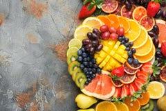 Φρούτα και λαχανικά ουράνιων τόξων, τοπ άποψη Στοκ Φωτογραφία