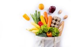 φρούτα και λαχανικά υγιεινής διατροφής στις αγορές παντοπωλείων υπεραγορών στοκ εικόνα
