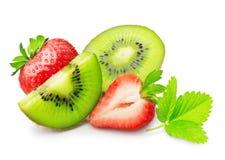 Φρούτα και φράουλα ακτινίδιων στοκ φωτογραφία με δικαίωμα ελεύθερης χρήσης