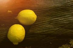 Φρούτα λεμονιών, νωποί καρποί, υγιή τρόφιμα, υπόβαθρο Bokeh στοκ φωτογραφίες