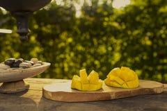 Φρούτα μάγκο υπαίθρια Στοκ Εικόνες