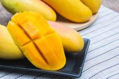 Φρούτα μάγκο, φρούτα στο καλοκαίρι Στοκ Εικόνα