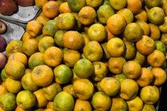 Φρούτα πορτοκαλιών για την αγορά πώλησης στοκ εικόνα με δικαίωμα ελεύθερης χρήσης