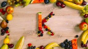 Φρούτα που γίνονται το γράμμα Κ Στοκ Εικόνες