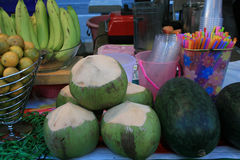 Φρούτα, που κλείνουν επάνω στα φρούτα μιγμάτων στοκ εικόνες