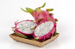 Φρούτα δράκων (undatus Hylocercus (Haw) Britt. & Αυξήθηκε.) Στοκ φωτογραφία με δικαίωμα ελεύθερης χρήσης