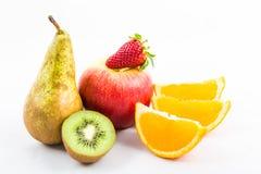 Φρούτα σε ένα άσπρο υπόβαθρο στοκ φωτογραφία