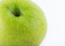 Φρούτα της Apple με τις πτώσεις νερού που απομονώνονται Στοκ Εικόνα
