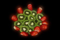 Φρούτα & φράουλα ακτινίδιων Στοκ φωτογραφία με δικαίωμα ελεύθερης χρήσης