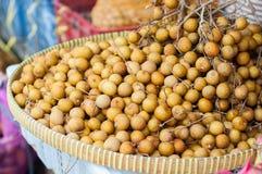 Φρούτα Longan σε αφθονία Στοκ φωτογραφίες με δικαίωμα ελεύθερης χρήσης