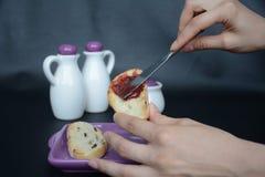 φρυγανιά μαρμελάδας ψωμι&o Στοκ Φωτογραφία
