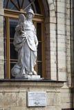 Φρόνηση αγαλμάτων (δικαιοσύνη), παλάτι και πάρκο σύνθετη Γκάτσινα, Αγία Πετρούπολη, Ρωσία, XVIII αιώνας στοκ φωτογραφίες