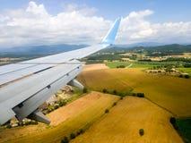 Φτερό ενός πετάγματος αεροπλάνων Στοκ εικόνες με δικαίωμα ελεύθερης χρήσης