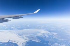 Φτερό και ουρανός αεροπλάνων Στοκ Εικόνα