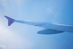φτερό κινήσεων αεροσκαφώ& Στοκ εικόνα με δικαίωμα ελεύθερης χρήσης