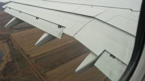 Φτερό των αεροσκαφών στο flyight απόθεμα βίντεο
