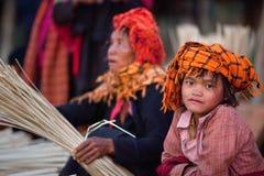 φυλή της Myanmar ο PA κοριτσιών Στοκ Φωτογραφία