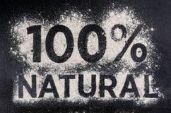 100 φυσικά, ελεύθερα τρόφιμα γλουτένης, λέξη φιαγμένη από αλεύρι Στοκ εικόνα με δικαίωμα ελεύθερης χρήσης