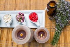 Φυσικά προϊόντα για aromatherapy Στοκ Φωτογραφίες