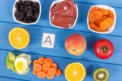 Φυσικά συστατικά ως βιταμίνη Α πηγής, μεταλλεύματα και ίνα, υγιής έννοια κατανάλωσης Στοκ Εικόνες