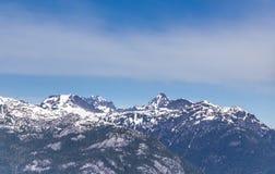 Φυσικά τοπία Καναδάς πεζοπορίας θερινών βουνών Στοκ Εικόνα