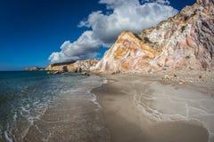 Φυσικά χρώματα της παραλίας Firiplaka, Μήλος, Ελλάδα Στοκ Εικόνα