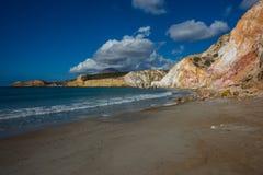 Φυσικά χρώματα της παραλίας Firiplaka, Μήλος, Ελλάδα Στοκ εικόνες με δικαίωμα ελεύθερης χρήσης