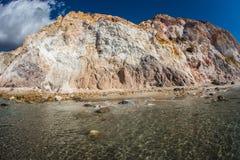 Φυσικά χρώματα της παραλίας Firiplaka, Μήλος, Ελλάδα Στοκ Εικόνες