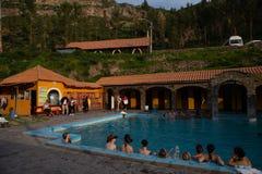Φυσικές θερμικές λουτρά φιλοξενιών σε chivay, Περού στο 21$ο του Μαρτίου του 2019 στοκ εικόνες