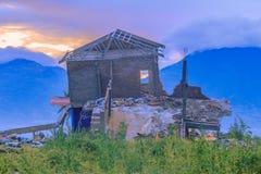 Φυσικές καταστροφές σεισμού και ρευστοποίησης στοκ εικόνες