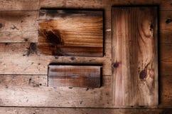 Φυσικές καφετιές ξύλινες σανίδες με το διάστημα αντιγράφων στην ξύλινη πλάτη πατωμάτων στοκ εικόνες