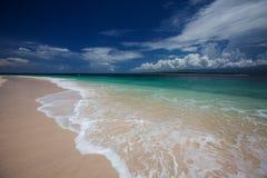 Φυσική άποψη σε Ινδικό Ωκεανό στην Ινδονησία, νησί Lombok στοκ εικόνα
