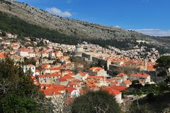 Φυσική άποψη σχετικά με την παλαιά πόλη Dubrovnik Στοκ Εικόνες