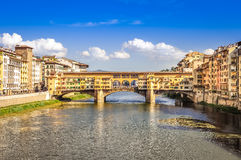 Φυσική άποψη της γέφυρας Ponte Vecchio στη Φλωρεντία Στοκ εικόνα με δικαίωμα ελεύθερης χρήσης