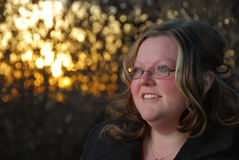 φυσική γυναίκα ημέρας φθινοπώρου Στοκ εικόνα με δικαίωμα ελεύθερης χρήσης